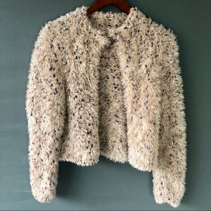 Unbranded Cream Fluffy Fuzzy Cropped Sweater Sz M